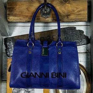 NWOT Gianni Bini satchel